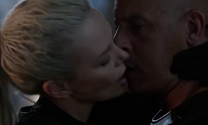 charlize_theron_vin_diesel_beijo_velocidade_furiosa_8
